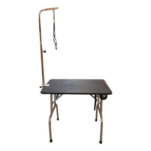 table de toilettage sur roulette