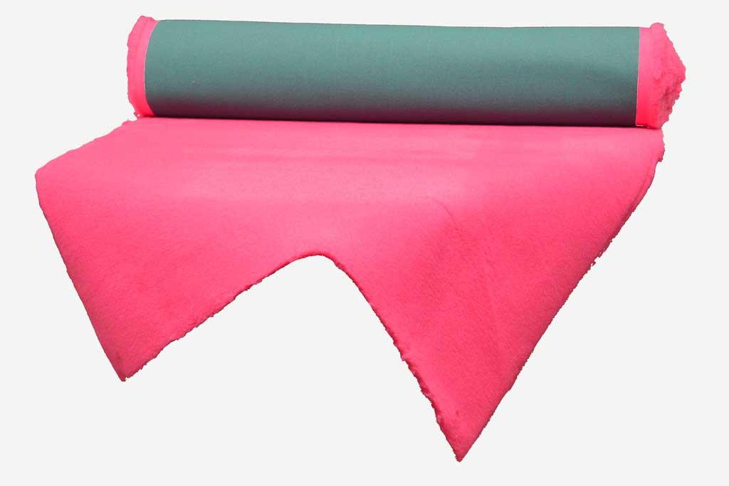 tapis drainant Confortbed Vetbed Eleveur 32 mm fuchsia à la coupe