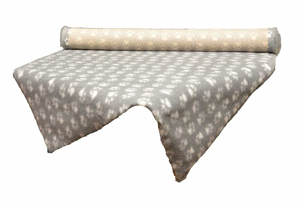 tapis Confortbed Vetbed Dry Extra gris petites pattes blanches 26 mm à la coupe